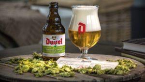 以碩大泡沫聞名的比利時金色烈性愛爾Duvel家族成員─Duvel Triple Hop